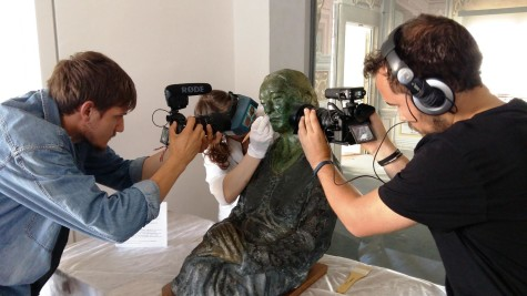The process on camera for 'Monuments Women'