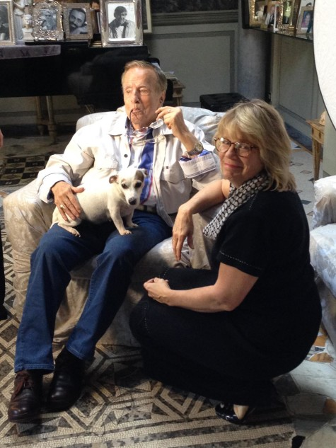 Producer Kim Jacobs poses with Maestro Zeffirelli